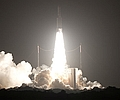 Ariane 5 bringt Eutelsat 65 West A ins All