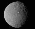 Raumsonde DAWN: Krater auf der Oberfl�che von Ceres