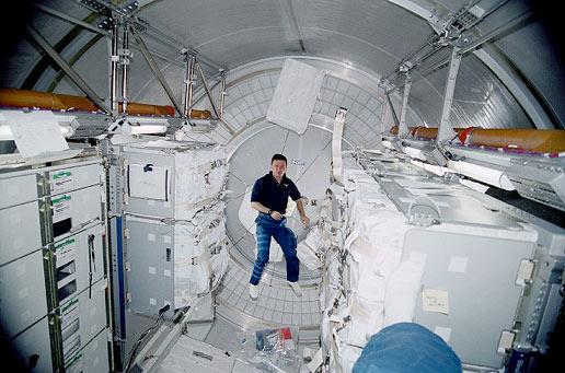 Die Logistikmodule bieten im Inneren viel Platz Nasa Space Station Inside